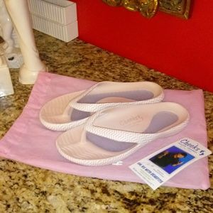 1021 Cheeks Health Sandals by Tony Little